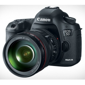 Canon EOS 5D Mark III 22.3-Megapixel Digital SLR Camera with EF 24-105mm Lens